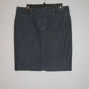 Gap Jean's Dark Wash Denim Skirt | Size 10